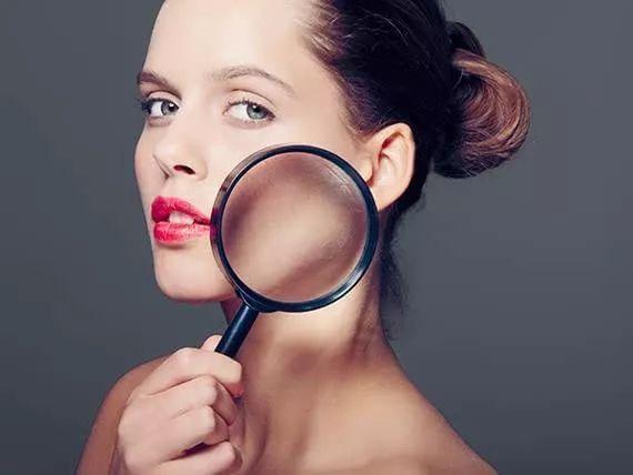 """肌肤护理界的新欢""""蓝铜胜肽"""",为何受到各界大咖的亲睐?"""